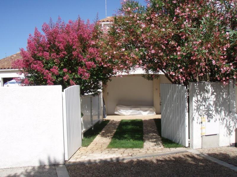 Location vacances Le Grand-Village-Plage -  Maison - 4 personnes - Chaise longue - Photo N° 1