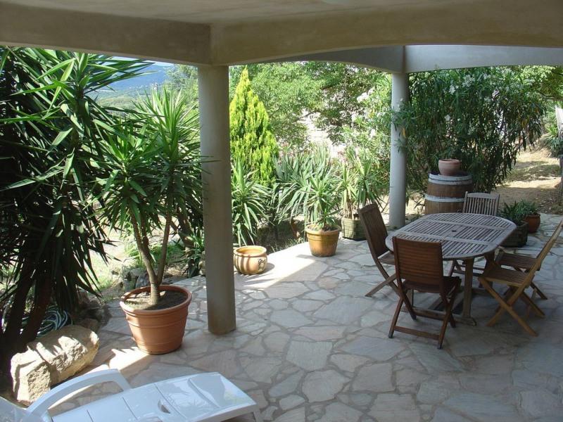 Location vacances Figari -  Appartement - 6 personnes - Bouilloire - Photo N° 1