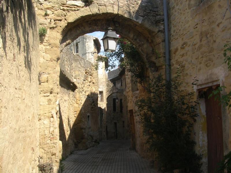 rue pour accéder à la maison
