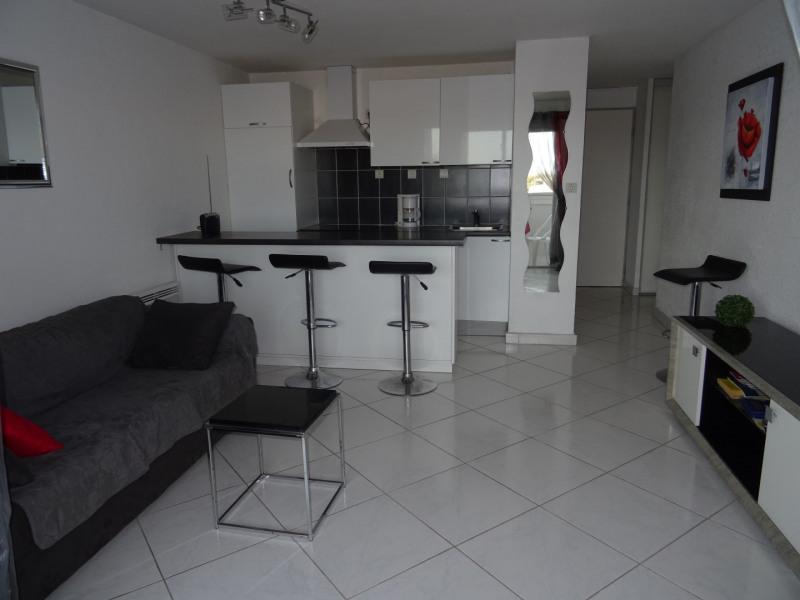 Location vacances Agde -  Appartement - 6 personnes - Salon de jardin - Photo N° 1