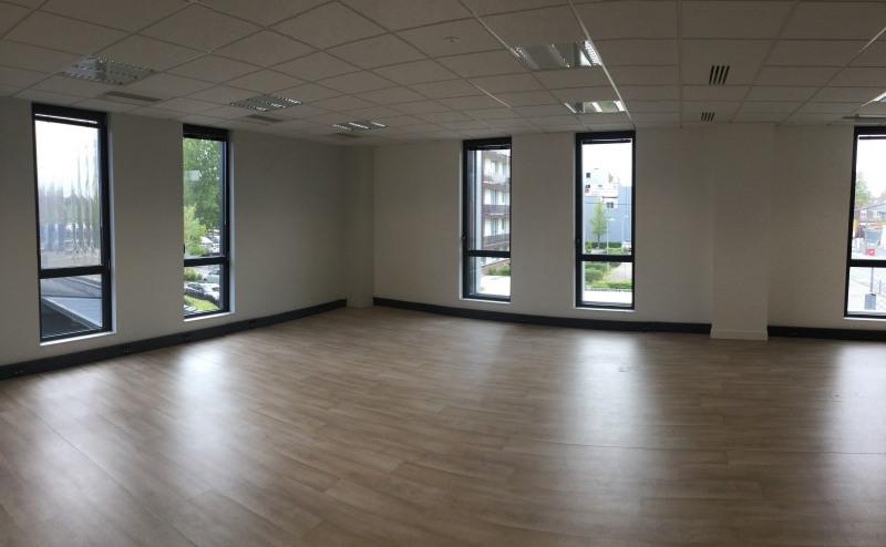 location bureau lille lille sud 59000 bureau lille lille sud de 178 06 m ref 633689. Black Bedroom Furniture Sets. Home Design Ideas