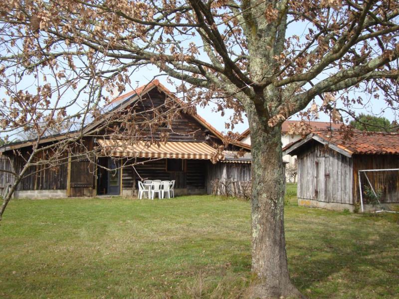 Location vacances Bias -  Maison - 6 personnes - Barbecue - Photo N° 1