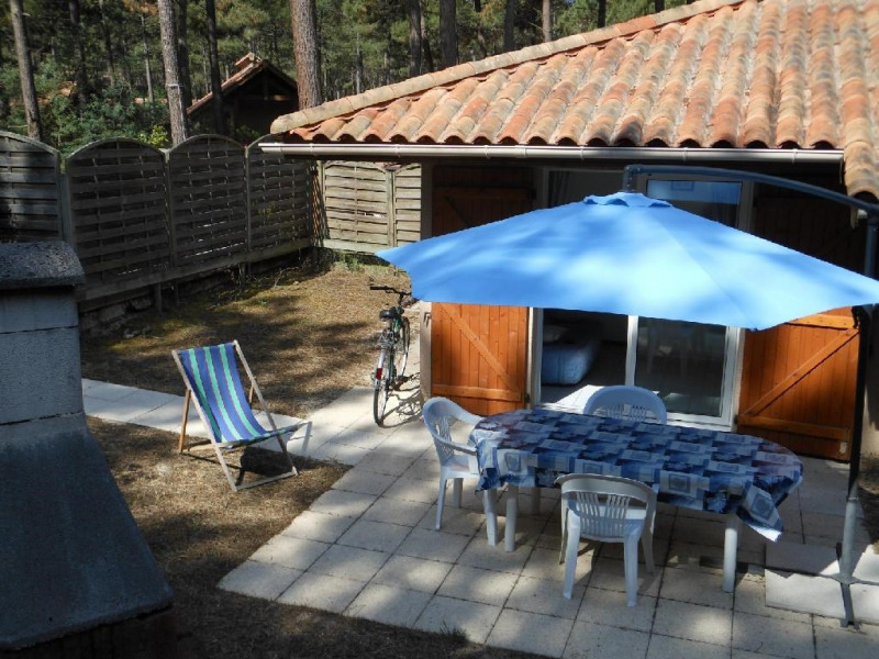jardin terrasse et barbecue