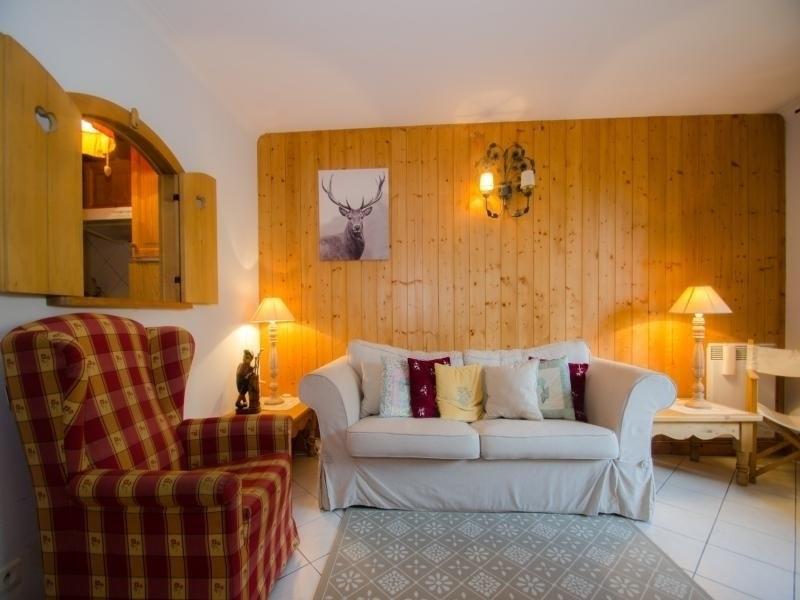 Location vacances Chamonix-Mont-Blanc -  Appartement - 5 personnes - Télévision - Photo N° 1