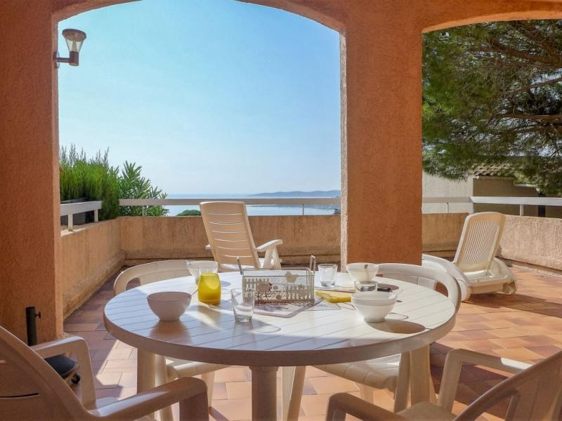 Location vacances Sainte-Maxime -  Appartement - 4 personnes - Jardin - Photo N° 1