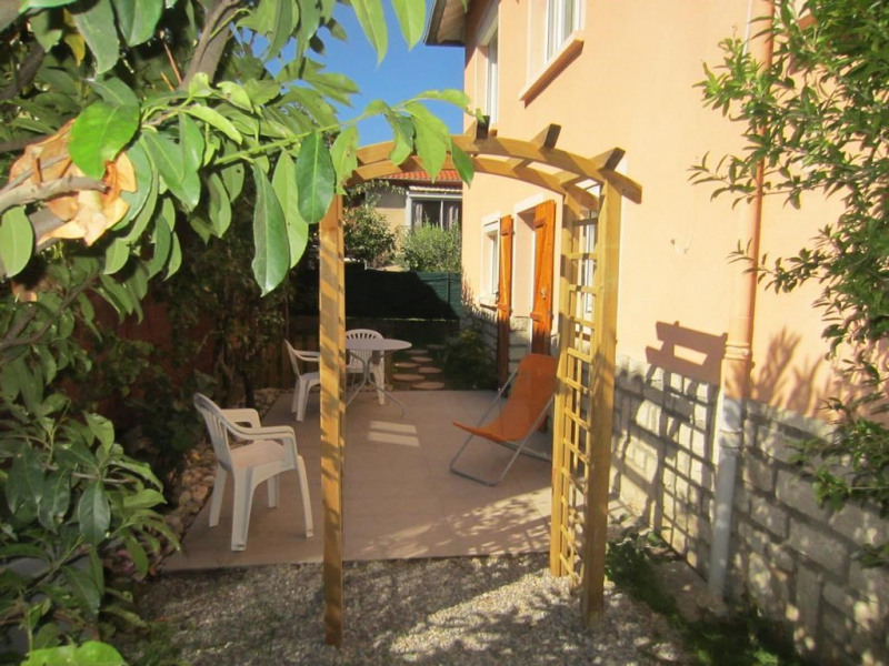 Location vacances Millau -  Appartement - 3 personnes - Barbecue - Photo N° 1