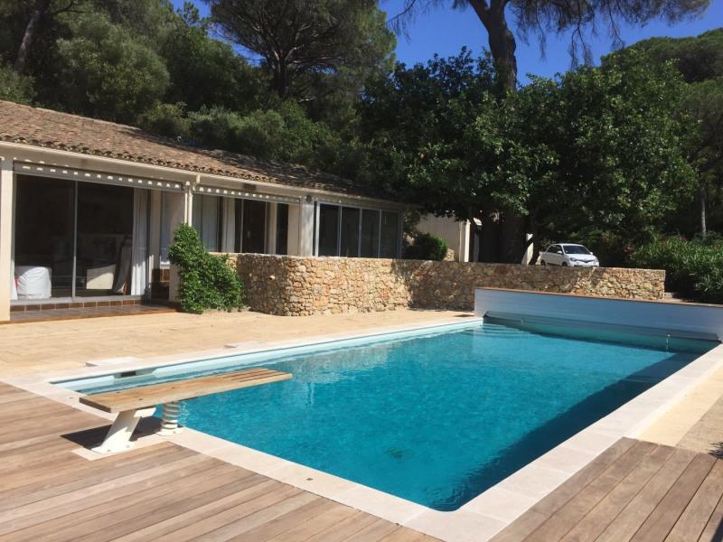 Villa Plain-pied, piscine, au calme dans nid de verdure, Gigaro/proche St Tropez