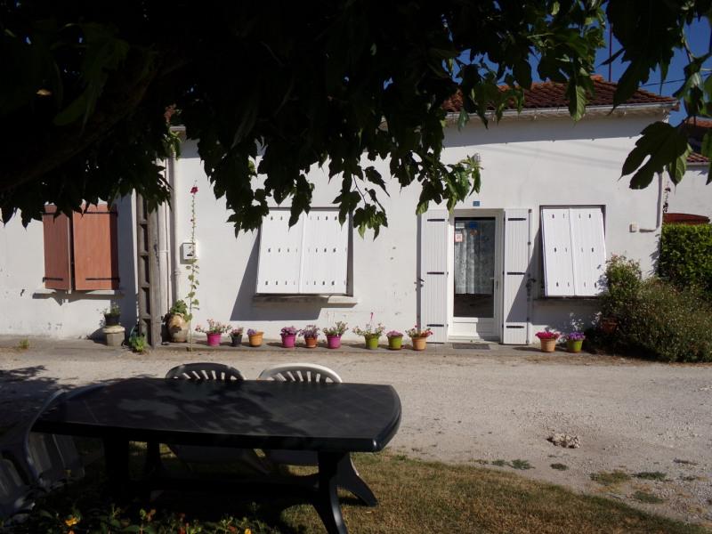Location vacances Arces -  Gite - 4 personnes - Barbecue - Photo N° 1