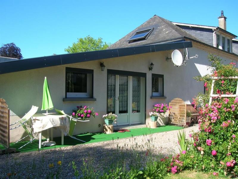 Location vacances Ouville-la-Rivière -  Appartement - 3 personnes - Salon de jardin - Photo N° 1