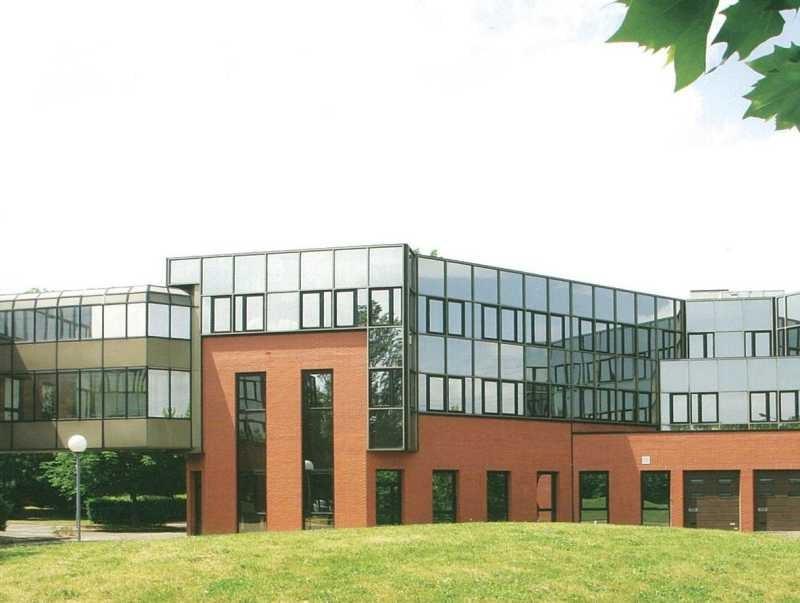 Location bureau montigny le bretonneux yvelines 78 460 - Bureau de change montigny le bretonneux ...