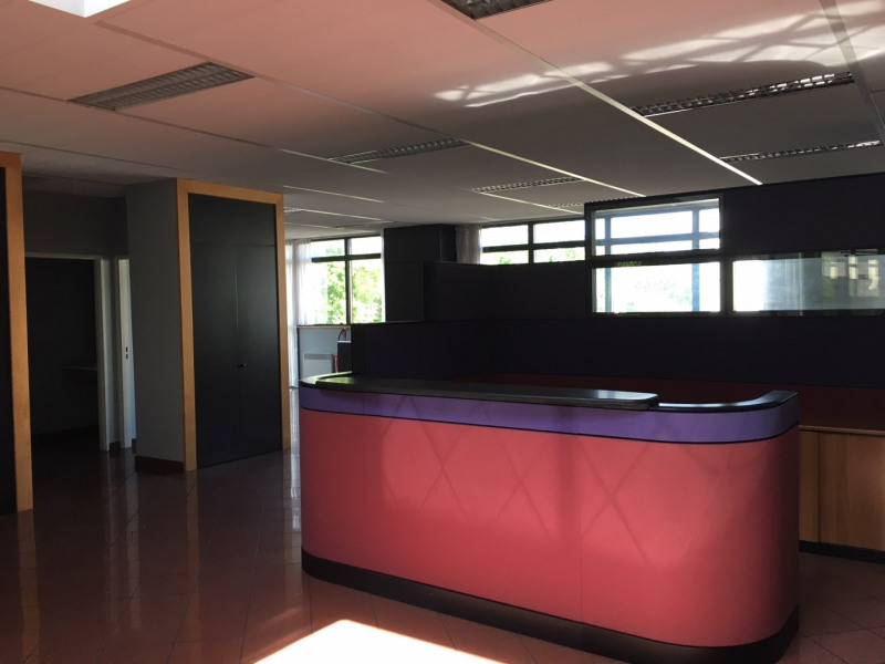 Location bureau chambourcy yvelines m² u référence n°