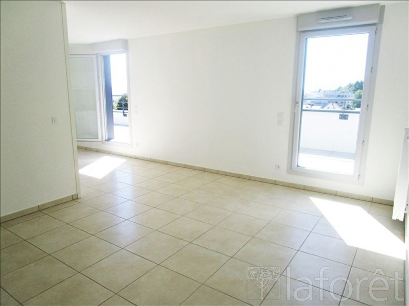 Location appartement 4 pi ces gex appartement f4 t4 4 for Location garage gex