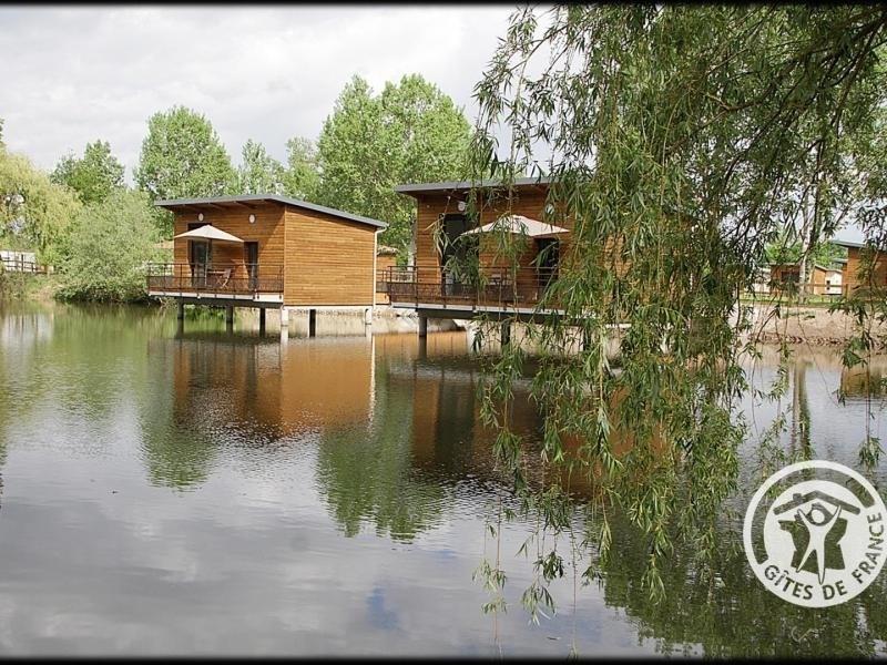Location vacances Veauchette -  Maison - 2 personnes - Barbecue - Photo N° 1