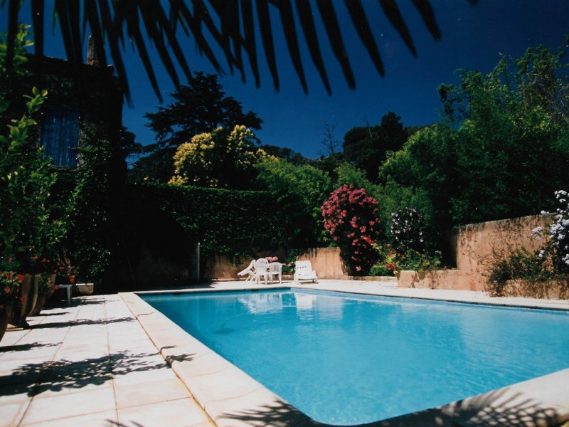 PROMOTION JUILLET -30% ! Mas du 18 ème restauré, piscine privée chauffée, 10 pers, clim