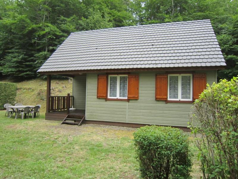 Location vacances Murol -  Maison - 5 personnes - Barbecue - Photo N° 1