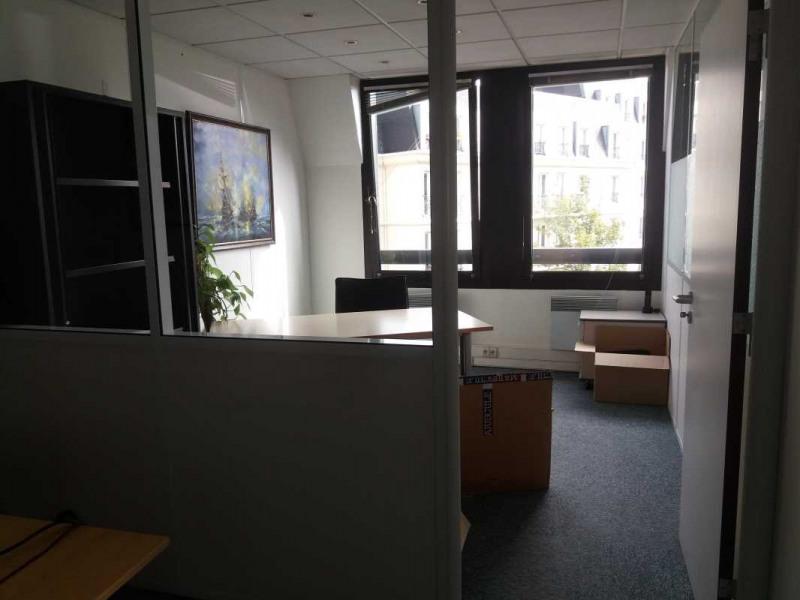 location bureau la garenne colombes hauts de seine 92 84 m r f rence n 686787. Black Bedroom Furniture Sets. Home Design Ideas