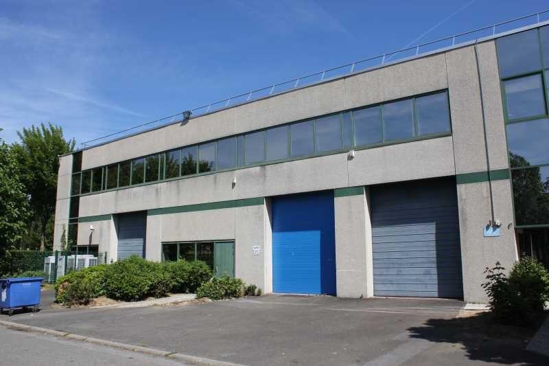 Location bureau villepinte seine saint denis 93 147 m for Garage bon accueil saint denis