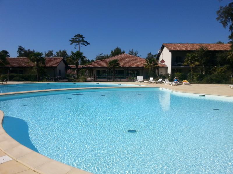 piscine privee  de la résidence