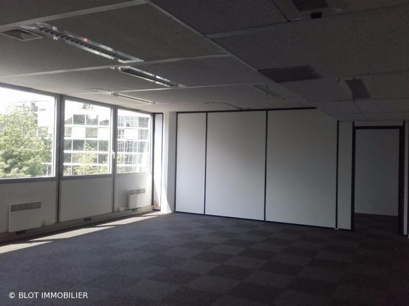 location bureau toulouse 31000 bureau toulouse de 71 64 m ref 0074 83. Black Bedroom Furniture Sets. Home Design Ideas