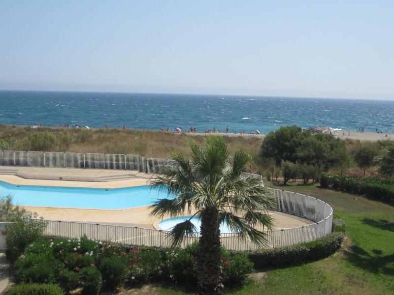 Location vacances Saint-Cyprien -  Appartement - 5 personnes - Ascenseur - Photo N° 1