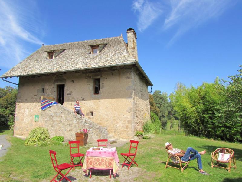 Ferienwohnungen Calvinet - Hütte - 5 Personen - Grill - Foto Nr. 1