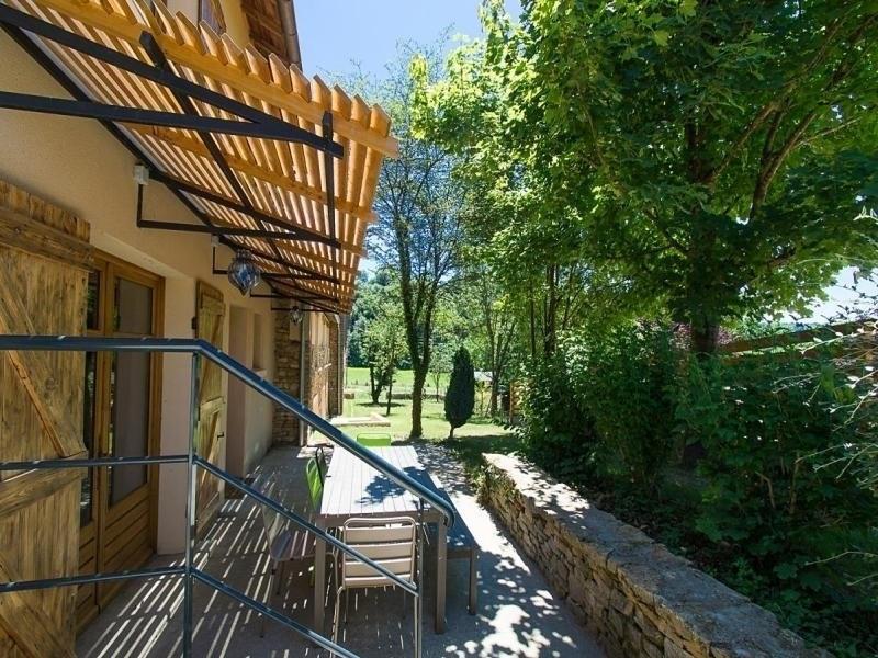 Location vacances Chozeau -  Maison - 8 personnes - Barbecue - Photo N° 1