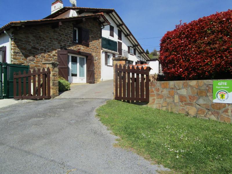 Location vacances Saint-Esteben -  Gite - 3 personnes - Barbecue - Photo N° 1