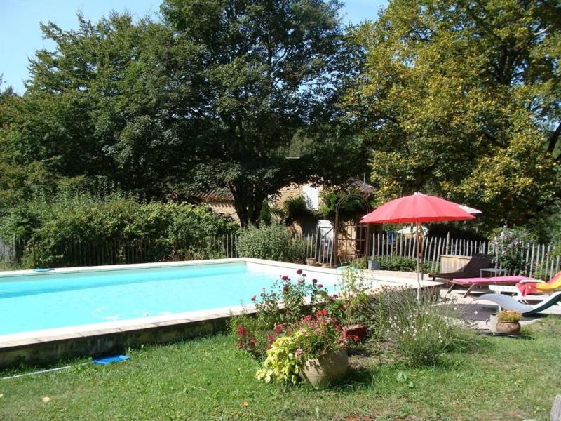 pour 8 pers. avec piscine privée, Montcabrier