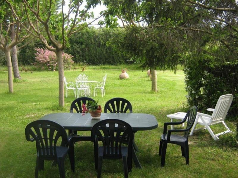 Location vacances Mallemort -  Gite - 4 personnes - Jardin - Photo N° 1
