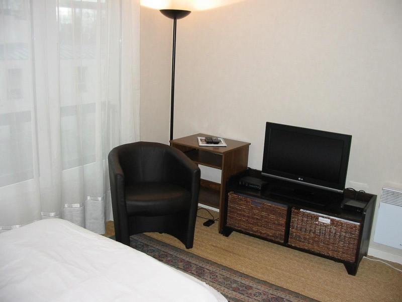 Location vacances Puteaux -  Appartement - 2 personnes - Télévision - Photo N° 1