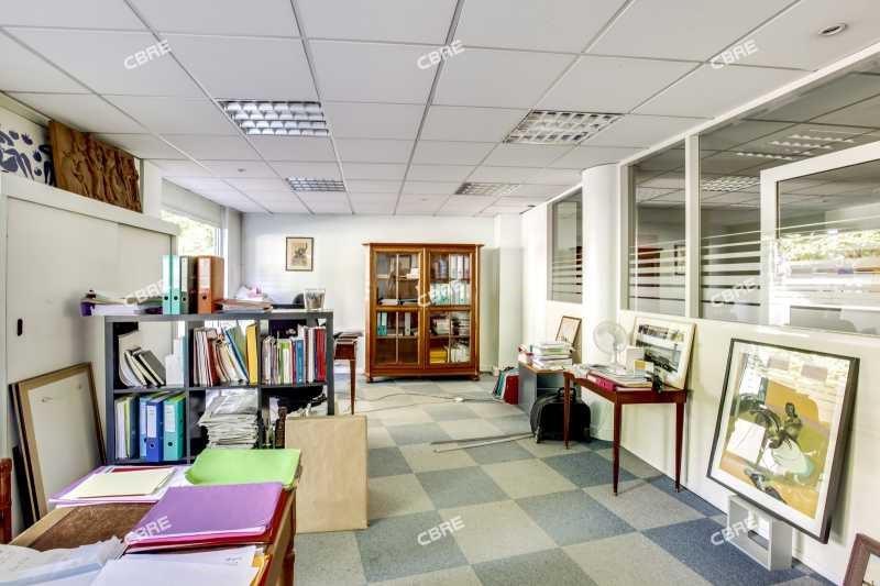 vente bureau meudon hauts de seine 92 195 m r f rence n 138982. Black Bedroom Furniture Sets. Home Design Ideas