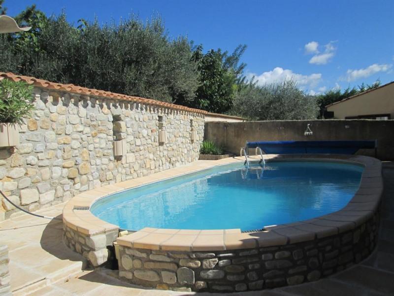 Maison provençale avec piscine privée et jardin