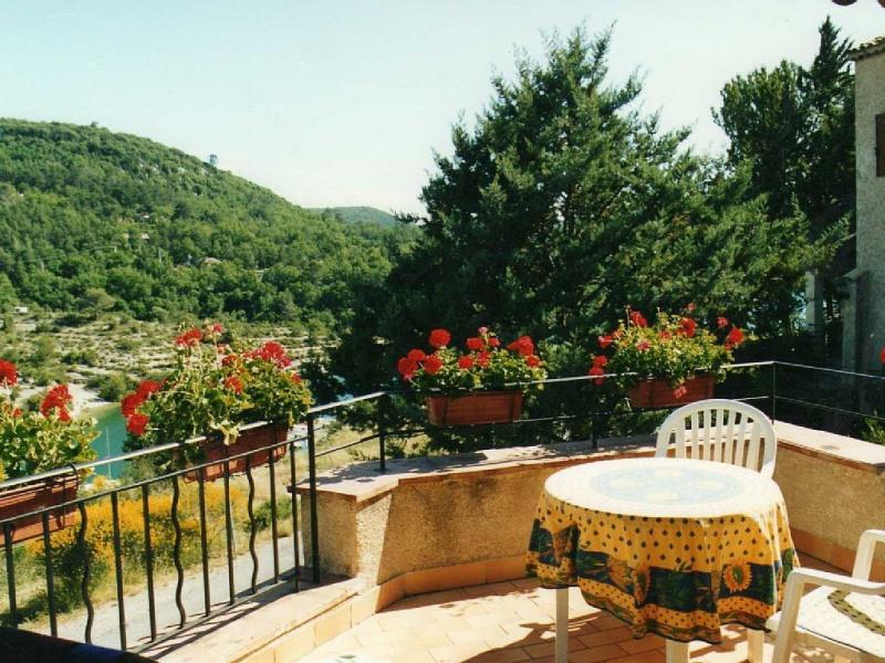 Maison, 3 chambres, 6 couchages, parc naturel du Verdon, entièrement équipée