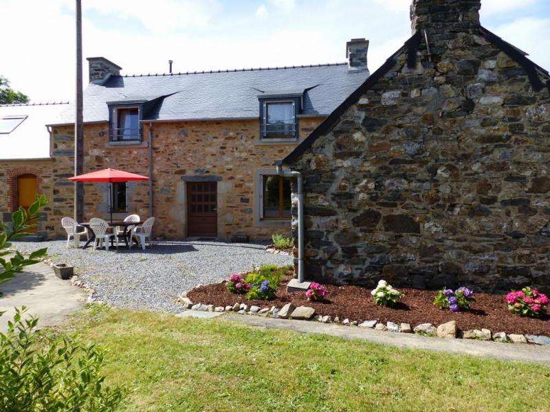 Location vacances La Roche-Maurice -  Maison - 5 personnes - Barbecue - Photo N° 1
