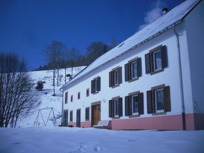 Gîte facade hiver