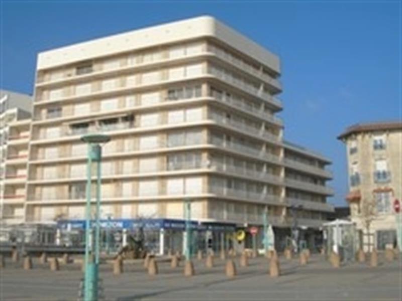 LOCATION SAINT JEAN DE MONTS AU COEUR DE LA STATION APPARTEMENT T2 VUE LATERAL MER