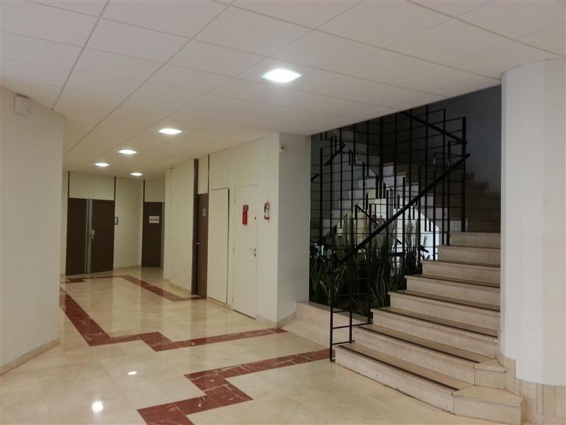 location bureau rosny sous bois seine saint denis 93 358 m r f rence n wi q19l. Black Bedroom Furniture Sets. Home Design Ideas