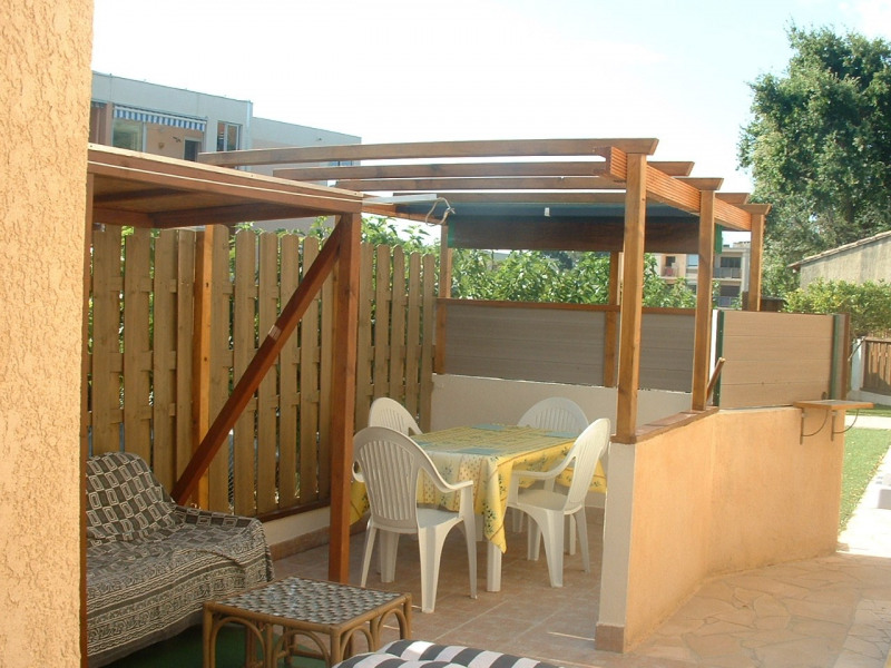 Location vacances Bormes-les-Mimosas -  Appartement - 4 personnes - Barbecue - Photo N° 1
