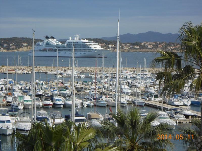 Très beau T3 sur le port avec vue panoramique sur la mer et tout à pied !