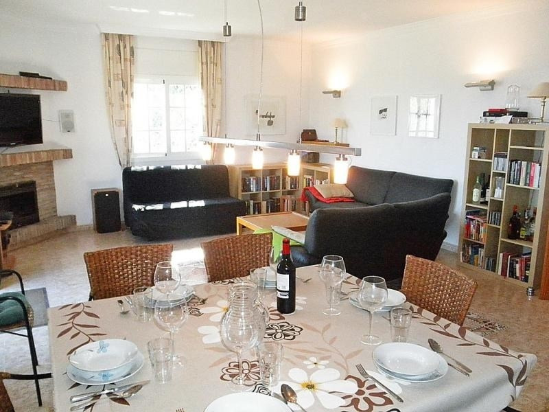 Location vacances Macharaviaya -  Maison - 7 personnes - Barbecue - Photo N° 1