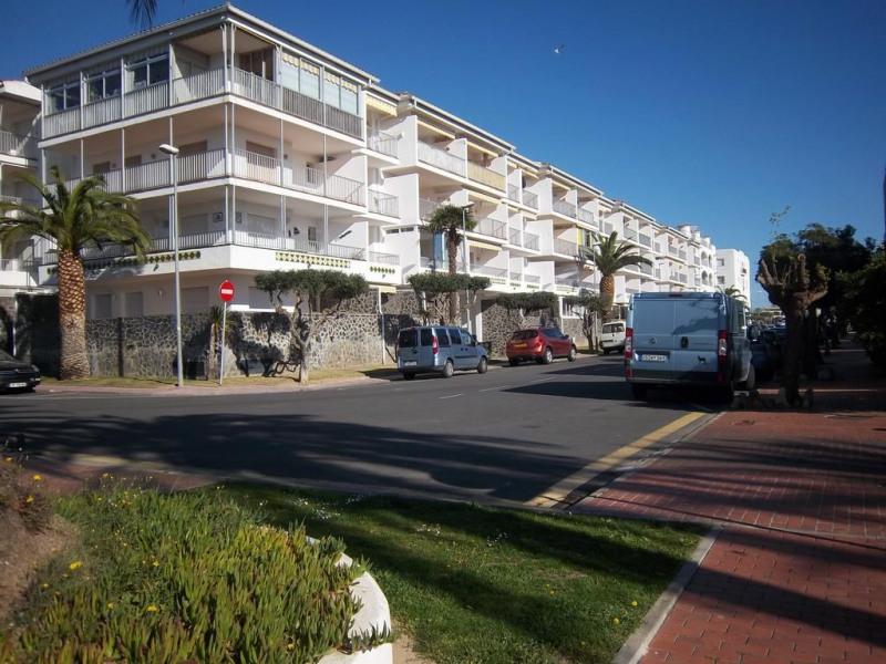 Location vacances Castelló d'Empúries -  Appartement - 5 personnes - Chaise longue - Photo N° 1