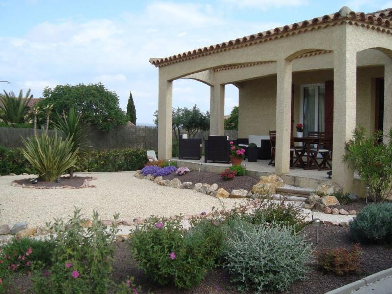 Villa sur 470 m2 clôturée avec parking privé