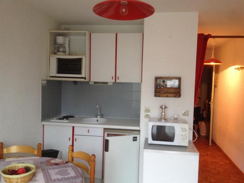 Studio dans immeuble pour 4 personne(s) LES MELEZES 2 AU 2em étage