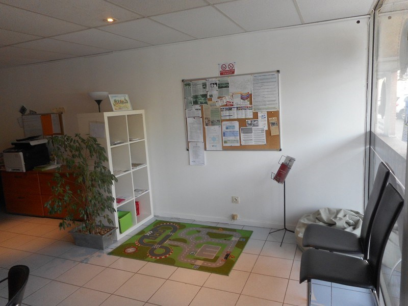 Location local commercial muret 31600 local for Location garage muret