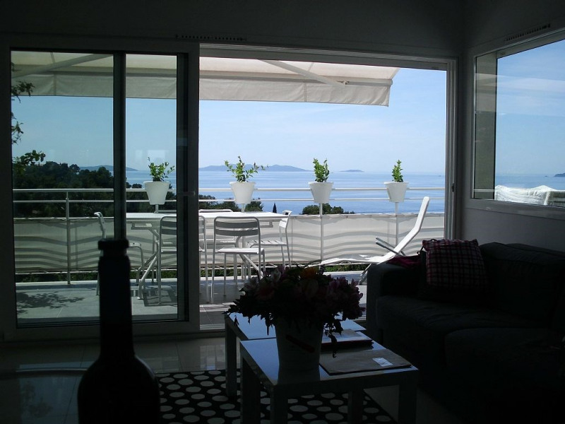 Appartement le lavandou pour 6 personnes 55m2 for Appartement design var
