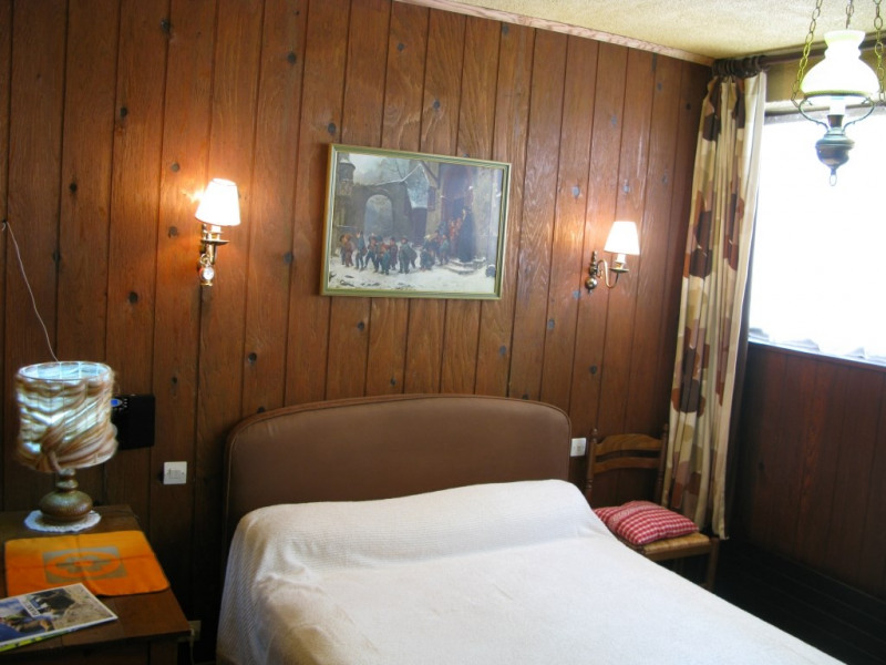 Chambre confortable avec vue sur montagne