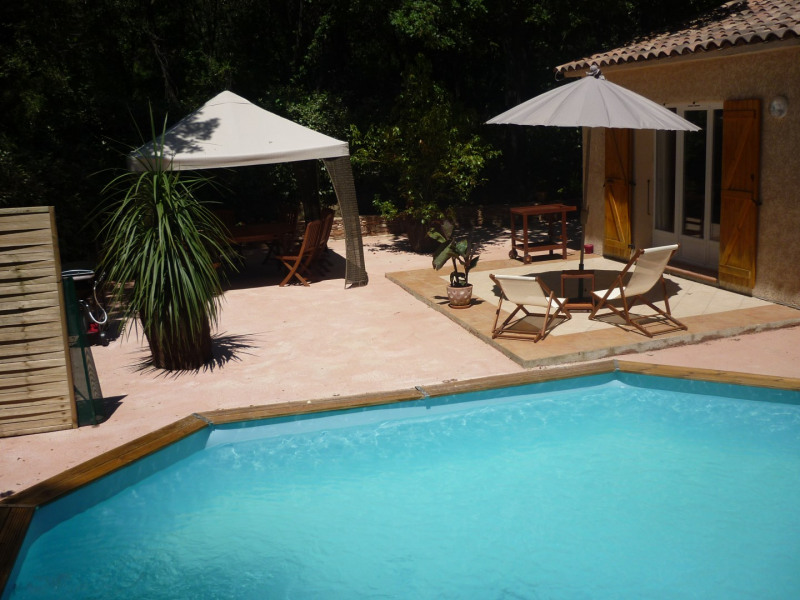 villa climatisée avec piscine chauffée