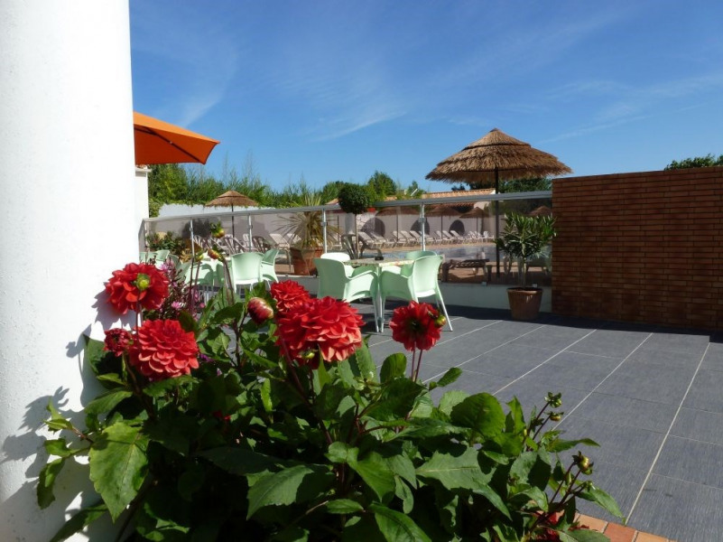 Camping Plein Sud, 30 emplacements, 76 locatifs