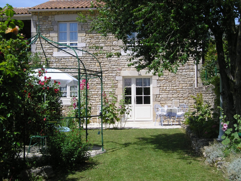 Location vacances Theil-Rabier -  Gite - 4 personnes - Barbecue - Photo N° 1