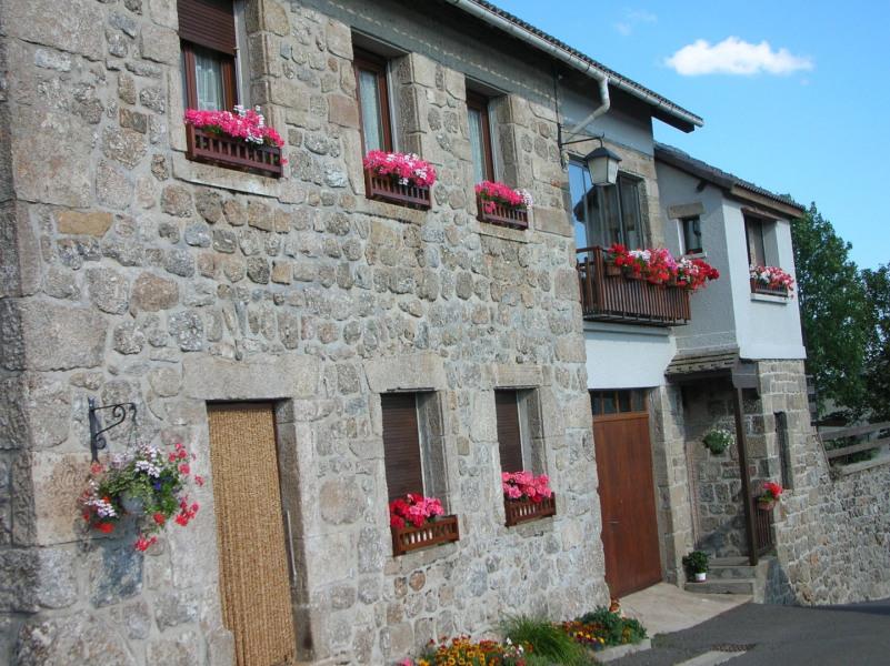 Bel appartement meublé à louer à Châteauneuf-de-Randon